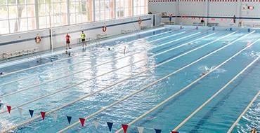 Oberta la piscina coberta del pavelló Esperanza Lag