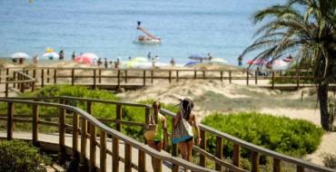 Turismo propone al consejo rector de Visitelche sacar de nuevo a concurso el servicio de vigilancia de playas
