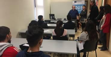 Doce ilicitanos participan en un programa piloto de orientación para jóvenes que abandonan sus estudios