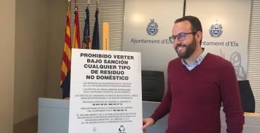Limpieza pone en marcha una campaña para acabar con los vertidos ilegales en el Camp d'Elx