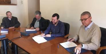 El Ayuntamiento renueva su convenio con ASAJAen su apuesta por fomentar el Camp d' Elx