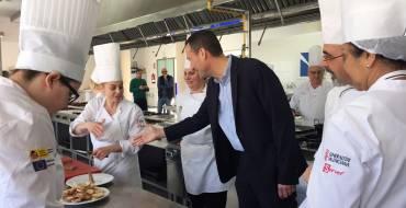 """Carlos González: """"Estamos haciendo una inversión muy útil para mejorar la formación en hostelería"""""""