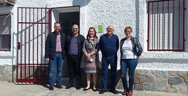Nuevas obras ejecutadas del Pressupost Participatiu: Renovación del tejado del Centro Cívico de Matola y nueva acera en Algoda