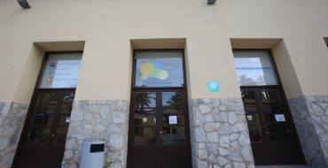 """El Ayuntamiento pone en marcha  la """"EscuelaFamilias! Online"""" dirigida a los padres y madres para prevenir conductas adictivas en adolescentes"""
