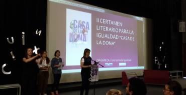 """Acto de entrega de premios del Segundo Certamen Literario para la Igualdad, """"Casa de la Dona"""":"""
