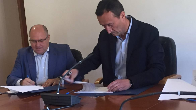 El alcalde de Elche considera estratégica la inclusión en el plan de Fomento de la conexión de Cercanías con el aeropuerto y la estación del AVE