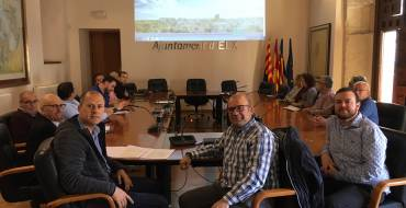 L'Ajuntament informa els pedani del repartiment de correu i actuacions contra el morrut roig