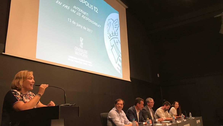 Entregados los premios Consumópolis a alumnos de Primaria y Secundaria de la Comunidad Valenciana
