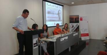 Una iniciativa solidaria acerca el legado  de Miguel Hernández a los refugiados  sirios en Grecia
