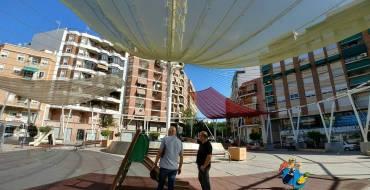 Los presupuestos participativos permiten la creación de zonas con sombra en la plaza Obispo Siure