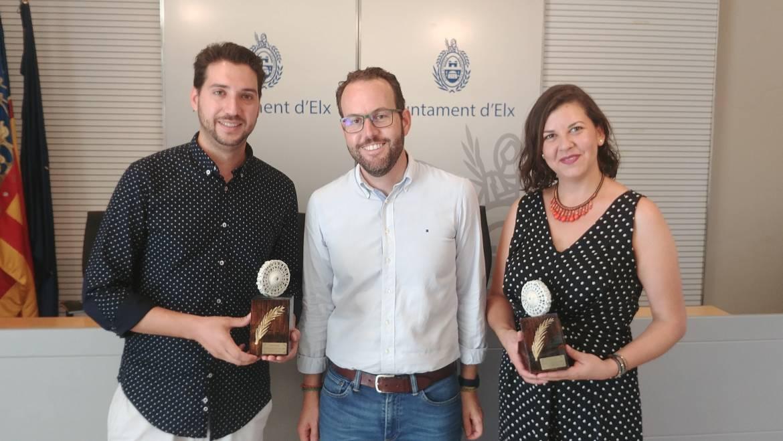 Una empresa de Social Media y otra de bisutería artesanal, ganadoras de los premios emprendedor del mes