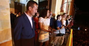 Diana Palazón invita a les il·licitanes i il·licitans a gaudir de les Festes d'Elx amb un emotiu pregó amb al·lusions a les tradicions il·licitanes