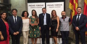 Mireia Mollà recoge el premio Turismo de la Comunitat Valenciana, en la categoria de Promoción y Comunicación Turística, otorgado a VisitElche