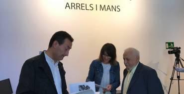 "El MACE acoge hasta el 14 de enero la muestra de dibujos de Pepe Azorín ""Arrels i mans"""