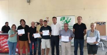 Los vecinos entregan los premios «Mi barrio más limpio» y rinden homenaje a José Vicente Quiles en Las Bayas