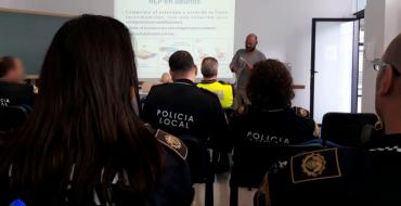 Cursos de formación para el uso de desfibriladores policiales