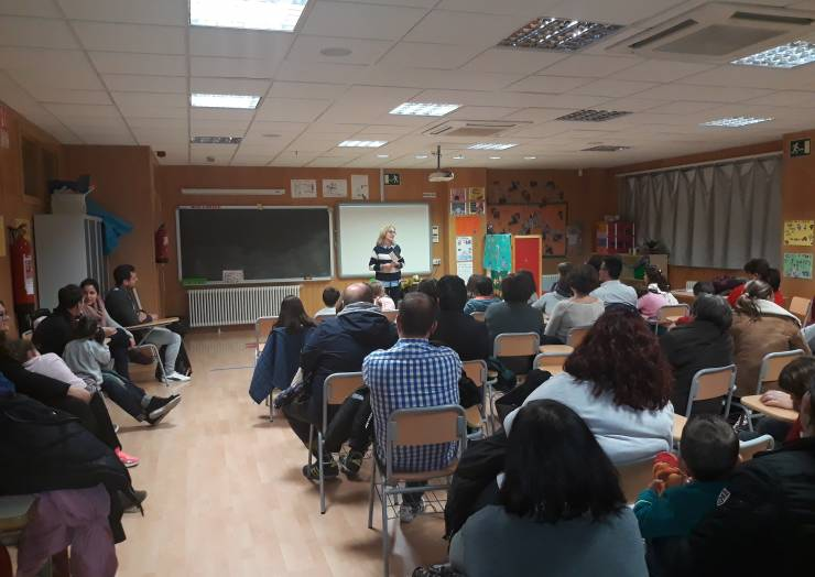 Presentació Campanya Joguets no Sexistes al CEIP Clara Campoamor