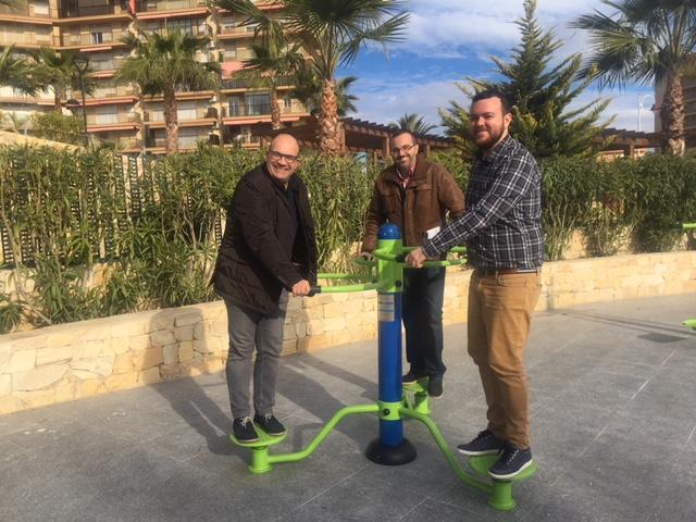 El Ayuntamiento invierte cerca de 100.000 euros en nuevos juegos infantiles y biosaludables