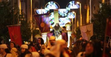 Más de 90.000 personas salen a la calle a recibir a los Reyes Magos