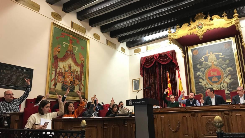 El pleno aprueba por unanimidad la implantación del pago de la ORA con tarjeta o teléfono móvil