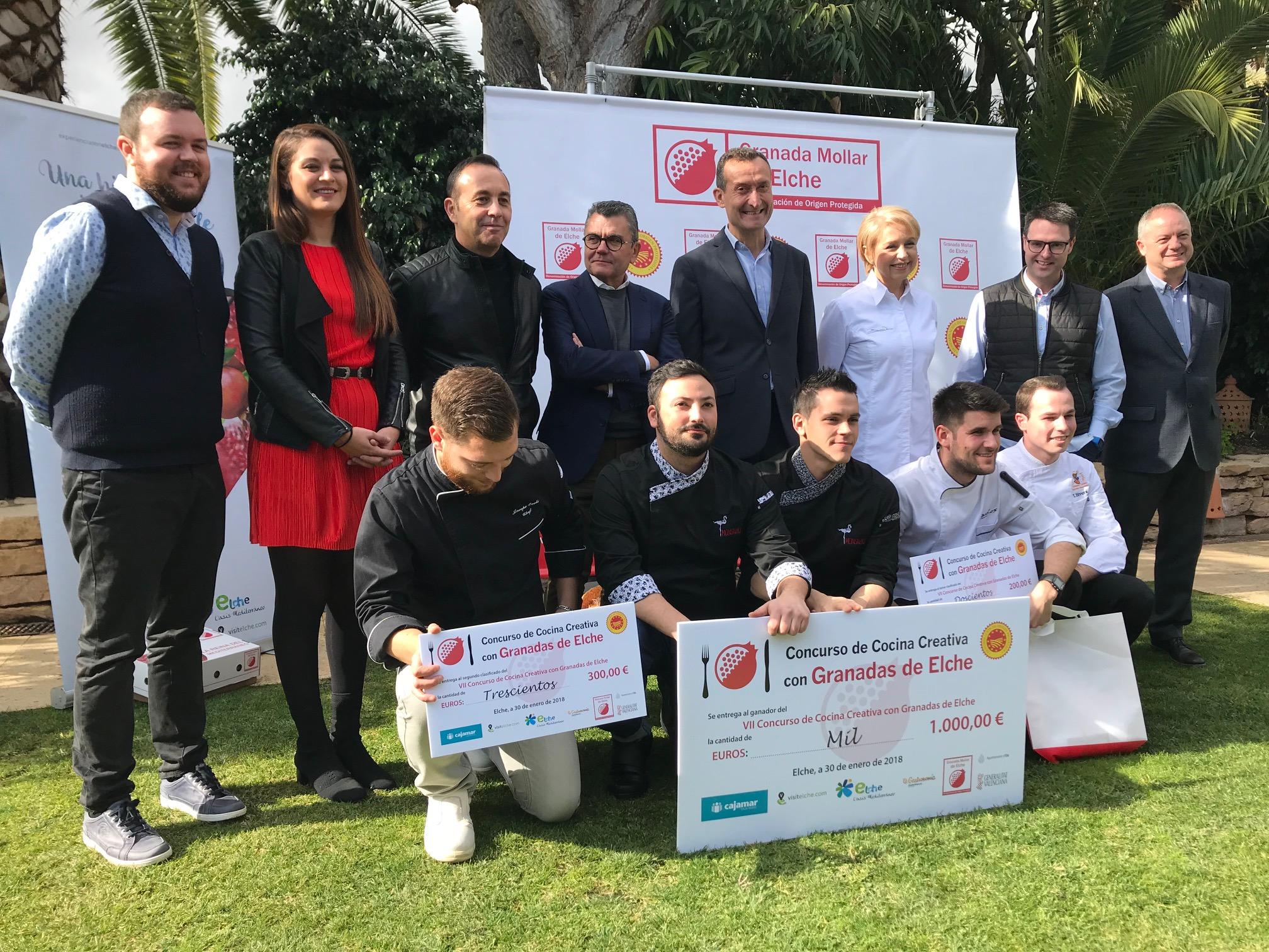El ayuntamiento entrega los premios del vii concurso de - Cocinas el barco granada ...