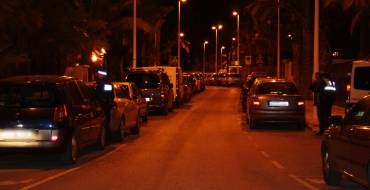 Accident després d'evadir un conductor sense permís el control policial