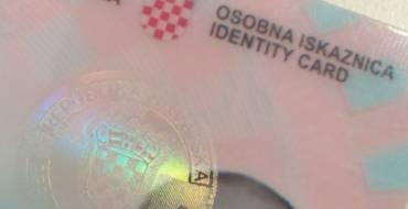 Detenido por falsedad documental en documento de identidad y permiso de conducción