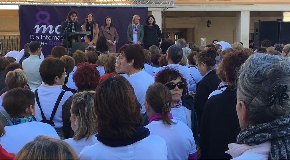 El Ayuntamiento reivindica terminar con el machismo y la desigualdad, en los actos del Día de la Mujer