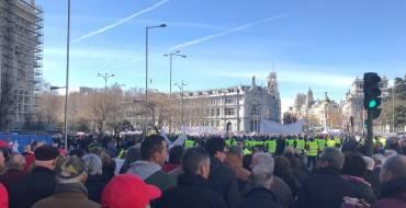 50.000 regants d'Alacant, Múrcia i Almeria prenen els carrers del centre de Madrid per  reclamar solucions a la falta d'aigua