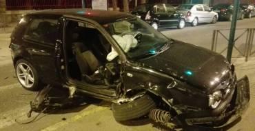 Aparatós accident en Fray Luis de León amb nou vehicles implicats