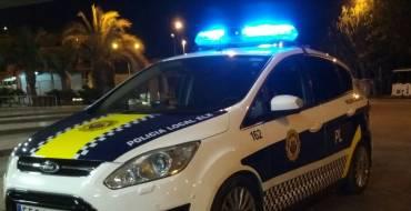 Detingut per trencament de llei, danys, temptativa de robatori i intent d'agressió als agents