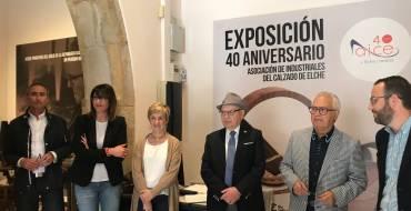 Una exposición repasa los 40 años de la Asociación de Industriales del Calzado de Elche