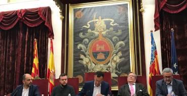 """Presentación del libro """"Riegos de Levante"""" en el Salón de Plenos"""