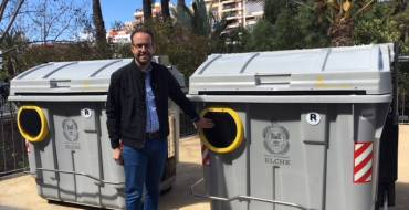 L'Ajuntament col·loca els primers 22 contenidors per a persones amb mobilitat reduïda