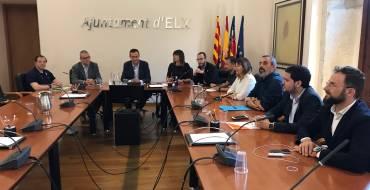 Los grupos políticos  acuerdan trabajar con comerciantes, vecinos y placeros para consensuar la peatonalización del centro histórico
