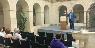 La biblioteca Pedro Ibarra acoge una exposición para promover la producción y el consumo responsables