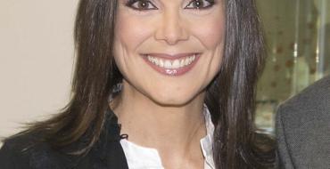 La escritora y periodista ilicitana Mónica Carrillo será la pregonera de las próximas fiestas de agosto