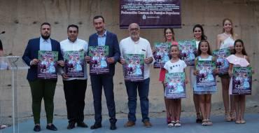 El cartel de las Fiestas de Agosto rinde homenaje a los festeros