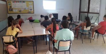 Casa de la Dona colabora en las Escuelas de Verano Barrio Los Palmerales