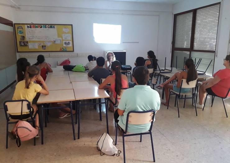 Casa de la Dona col·labora en les Escoles d'Estiu Barri els Palmerars