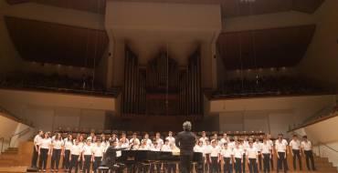 """""""Las voces del coro"""" llenan el Palau de la Música de Valencia"""
