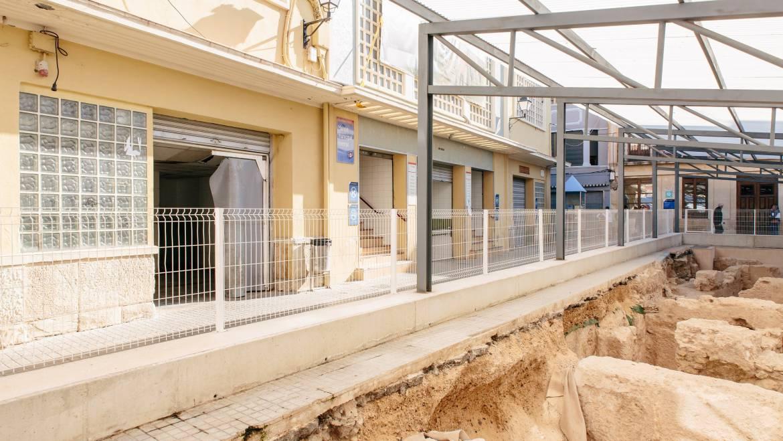 El Ayuntamiento autoriza el desvío de las infraestructuras de servicios para poder realizar la última parte de la tercera fase de las excavaciones del Mercado Central