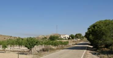 El Ayuntamiento se suma las reivindicaciones de los agricultores y pide al Ministerio que reconsidere su decisión de trasvasar solo agua para el consumo humano