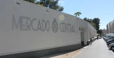 Contratación requerirá a la empresa del Mercado Provisional para que adecue a la legalidad la terraza de la cafetería