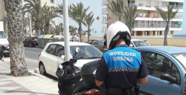 Detenido al intentar hacerse cargo de un vehículo con un permiso falso