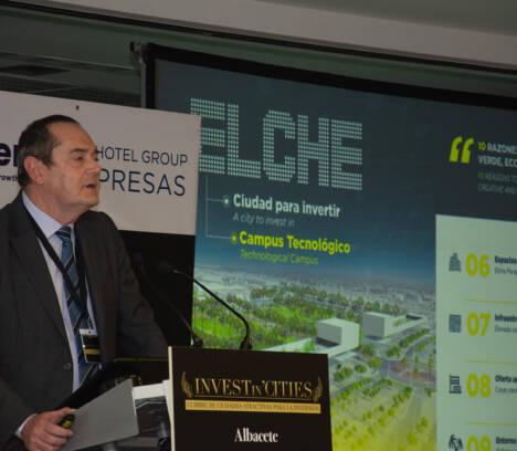 """El Ayuntamiento de Elche presenta su proyecto """"Elche ciudad para invertir"""" y Elche Campus Tecnológico"""" en una cumbre de inversión celebrada en Madrid"""