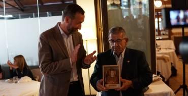 El alcalde ha anunciado la concesión de la medalla de plata del Bimilenari a Ismael Calatayud