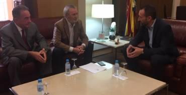 El alcalde reivindica que Elche tenga presencia activa en el consejo de administración del puerto de la provincia de Alicante