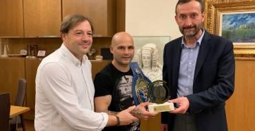 Recepción al boxeador Kiko Martínez «La Sensación»