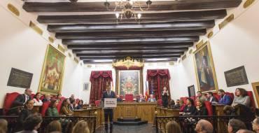 L'Ajuntament atorga el Ram d'Or al rector de la Universitat Politècnica de València, l'il·licità Francisco José Mora Más